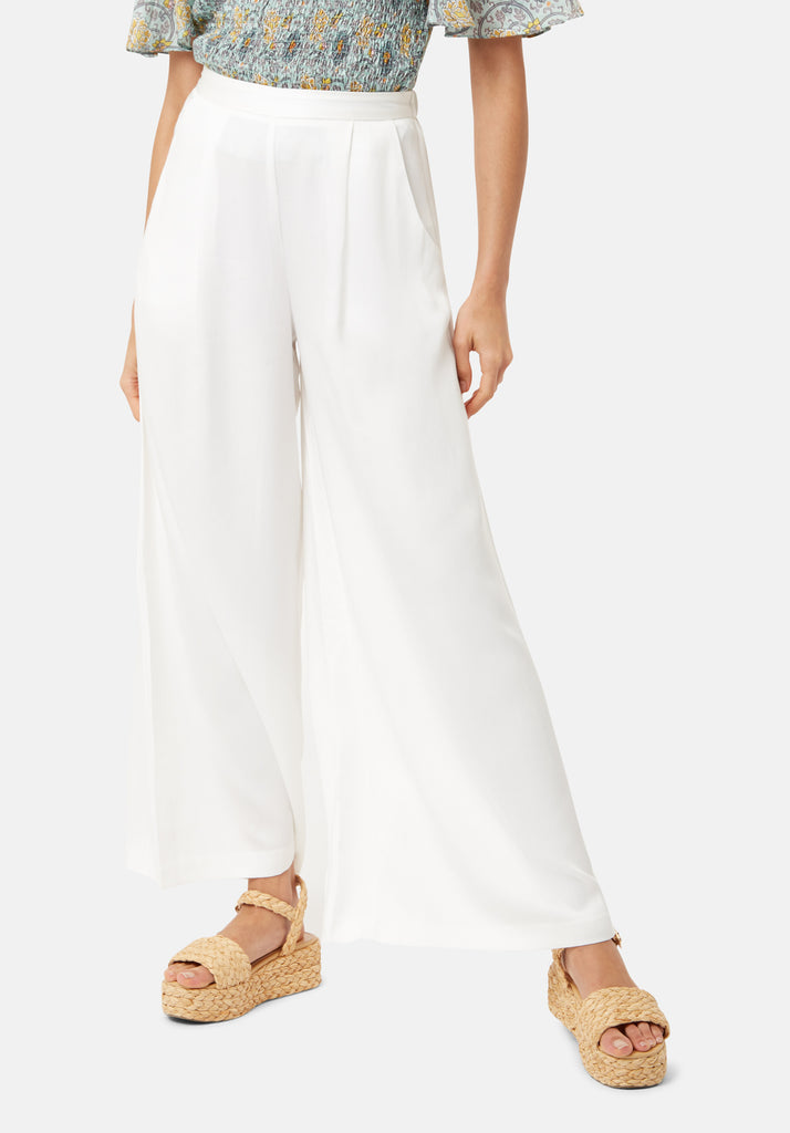 Traffic People Rouges amd Rascals Wide Leg Trousers in White Front View Image