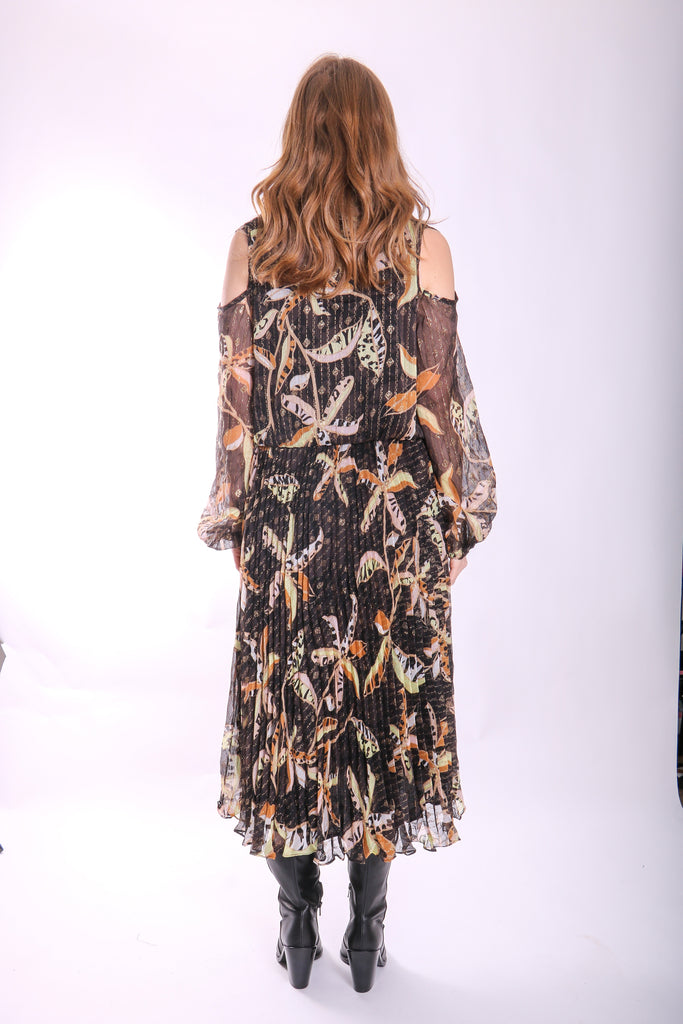Traffic People Requim Midi Floral Dress in Black Side View Image