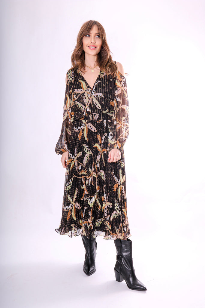 Traffic People Requim Midi Floral Dress in Black Front View Image