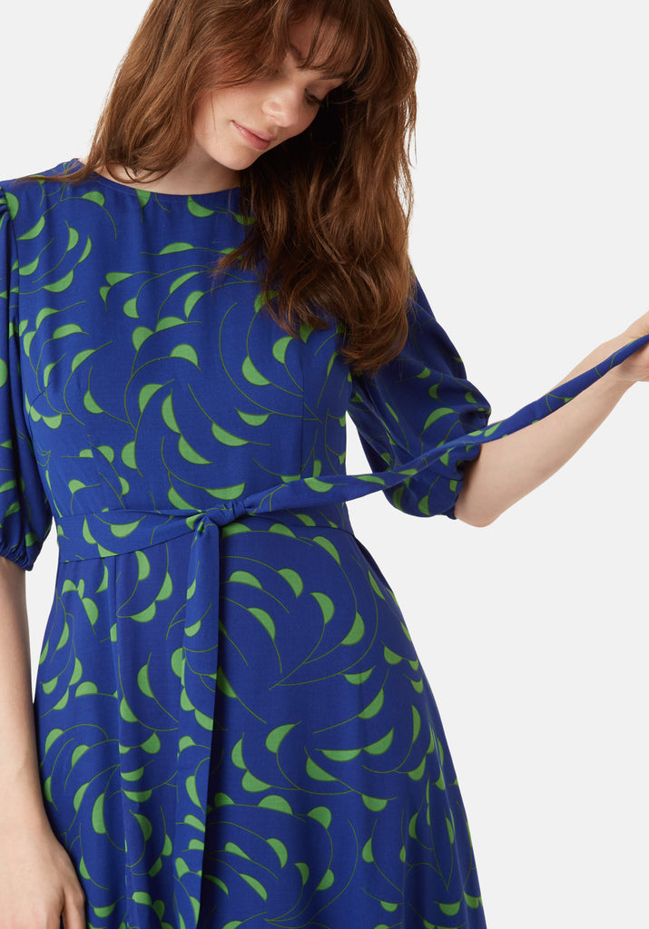 Traffic People Mindy Short Sleeve Printed Dress in Blue Close Up Image