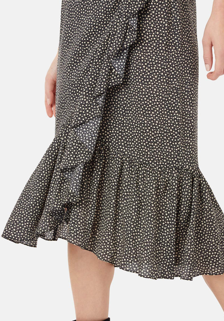Traffic People Star Wrap Midi Skirt in Black and White Close Up Image