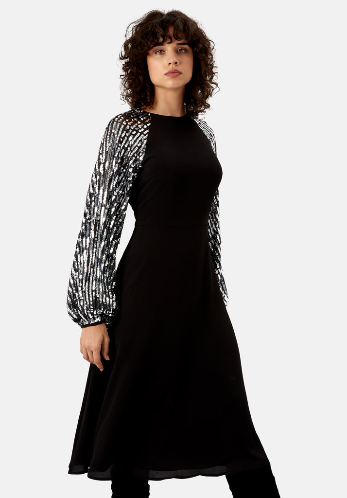 Traffic People The Blame Sequin Maxi Dress in Black Side View Image