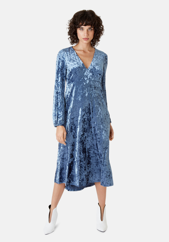 Traffic People Long Sleeve Velvet Midi Dress in Blue Front View Image
