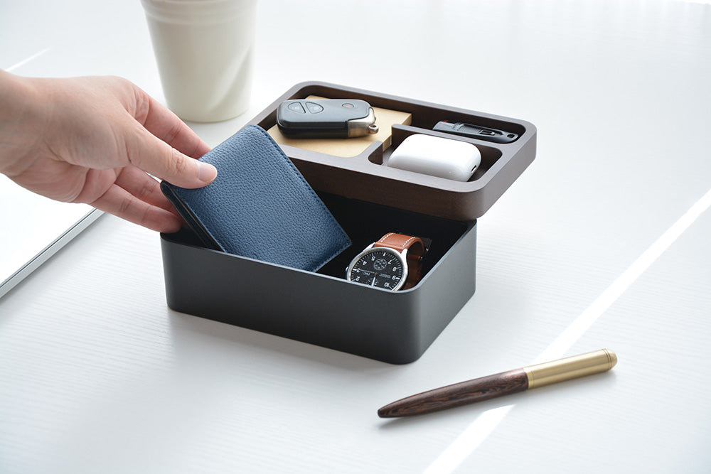Revov Magnetic Rotating Tray Box /Gift Edition