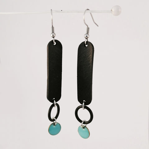 Banshy- Design recycled earrings, stainless,O-ring, , inner tube and turquoise enameled sequin.-Earring upcycled- accessories from the sea- bijoux inspiré de la mer- dive wear-dive accesories - sea brand- bijoux recyclés- boucles d'oreilles recyclés- zero waste-consommer autrement