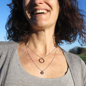 Banshy- jewelry upcycledStainless Chain necklace with fine silver welded links, inner tube pellet, O-rings (from the diving environment)-accesories from the sea- bijoux recyclé-  bijou de la mer-collier inox argenté avec chambre à air et joint torique-diving world-dive wear