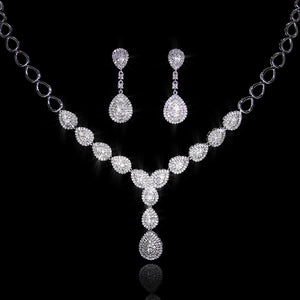 Set de Diamantes 4.11 quilates en Oro 14K