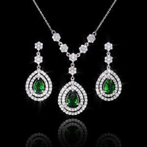 Set de Esmeralda 3.28 quilates y Diamantes 2.13 quilates en Oro 14K