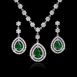 Set de Esmeralda 3.20 quilates y Diamantes 5.05 quilates en Oro 14K
