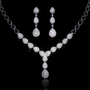 Set de Diamantes 4.42 quilates en Oro 14K
