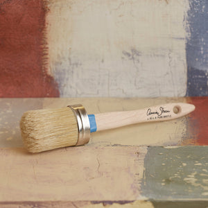 Round paint brushes