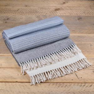 Ombre merino wool throw - Misty grey
