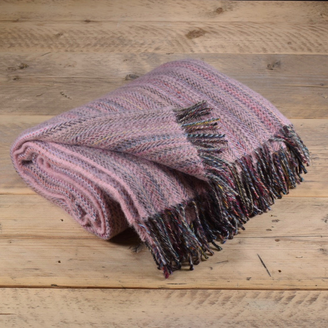Heritage tweed wool throw - Cloud pink