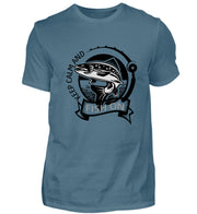 KEEP CALM AND FISH ON  - Herren Shirt - Shirt Exklusive