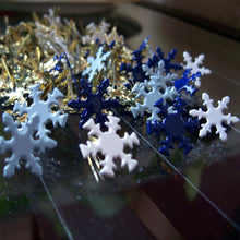 Load image into Gallery viewer, Winter Snowflake Brads