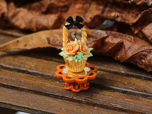 Autumn Showstopper Cupcake - Basket with Orange Roses and Frog