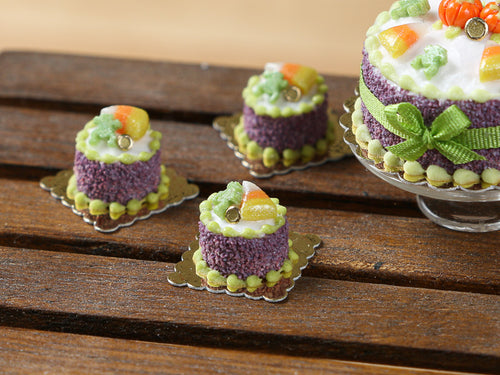 Candy Corn and Frog Genoise Individual Pastry for Autumn Halloween - 12th Scale miniature