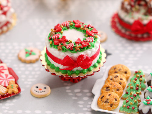 Festive Cake Decorated with Christmas Wreath Design - Miniature Food