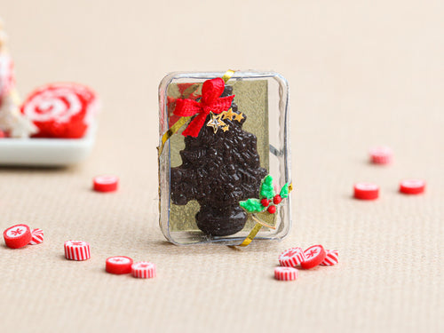 Chocolate Christmas Tree Gift Box (Sapin de noël en chocolat) - Miniature Food
