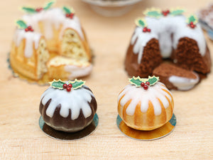Christmas Pudding Vanilla Cake Decorated with Holly - Miniature Food