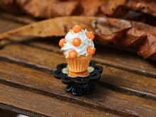 Load image into Gallery viewer, Autumn Showstopper Cupcake, Frosting and Baby Pumpkins (D)