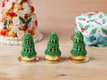 Load image into Gallery viewer, Christmas Tree Religieuse Pastry (Forest Green), Sapin de Noël - Miniature Food