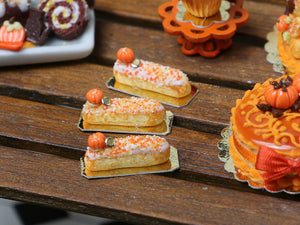 Pumpkin Eclair for Autumn/Fall - 12th Scale French Miniature Food