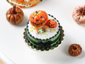 Miniature Jack O'Lantern Halloween Cake - 12th Scale Dollhouse Food