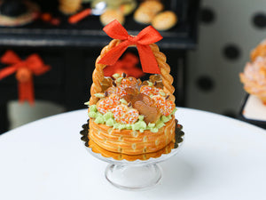 Autumn Basket Cake Filled with Apple-Shaped Cookies and Caramel Treats