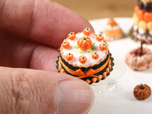 Miniature Cake for Autumn & Halloween, Pumpkins, Orange Bow - Miniature Food