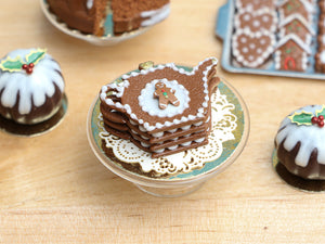 Christmas Gingerbread Millefeuille Teapot Cake (Gingerbread Man) - Miniature Food