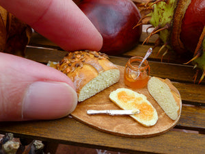 Goûter d'Automne - Autumn Bread with Jelly - 12th Scale Miniature Food