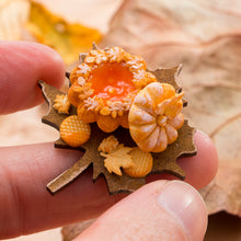Load image into Gallery viewer, Autumn Pumpkin-Shaped Brioche on Leaf-Shaped Board | Miniature Food