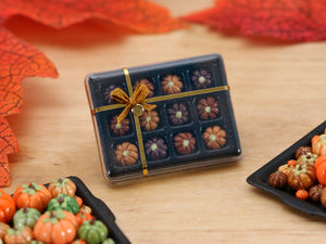 Gift Box of Pumpkin-Shaped Chocolates for Autumn (Dulcey!) - Miniature Food
