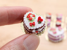 "Load image into Gallery viewer, Le Valentin ""Blossom Bouquet"" Cake - Limited Edition Valentine's Day Miniature Cake in Pink or Red"