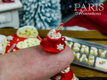 "Load image into Gallery viewer, Christmas Cappuccino with ""Etoile"" Cookies (Cinnamon Stars) - Miniature Food"