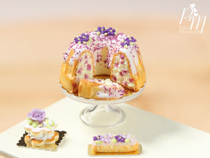 Blueberry Kouglof / Pound Cake - Miniature Food for Dollhouse in 12th scale