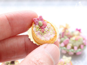 Cream Tarte – Egg-Shaped decorated with Easter Eggs, Bunny Candy, Blossoms - Miniature Food