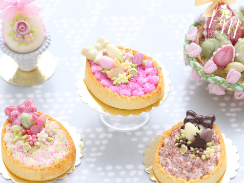 White Chocolate Cream Tarte – Egg-Shaped decorated with Easter Eggs, Bunny, Blossoms