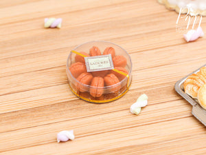 "Gift Box / Presentation of Salted Butter Caramel ""Parisian"" Macaroons - Miniature Food"