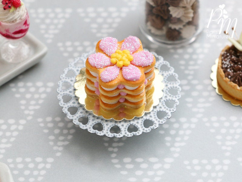 Pink Daisy Millefeuille Sablé Cake - Miniature Food in 12th Scale for Dollhouse