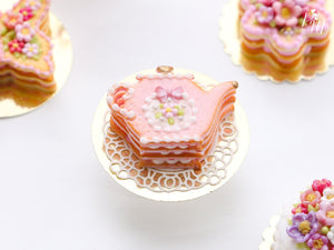 Pink Cookie Teapot-shaped Millefeuille decorated with single pink blossom and bow - Miniature Food
