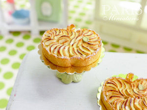 Tarte aux pommes - Apple tart in shape of an apple - Miniature Food in 12th Scale