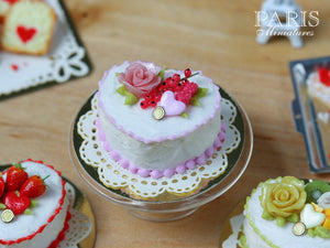 Heartshaped Pink Rose and Red Currant Cake - Miniature Food