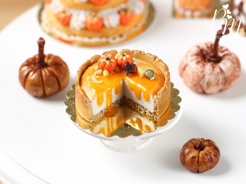 Halloween / Autumn Cut Pumpkin Cheesecake - Miniature Food in 12th Scale for Dollhouse