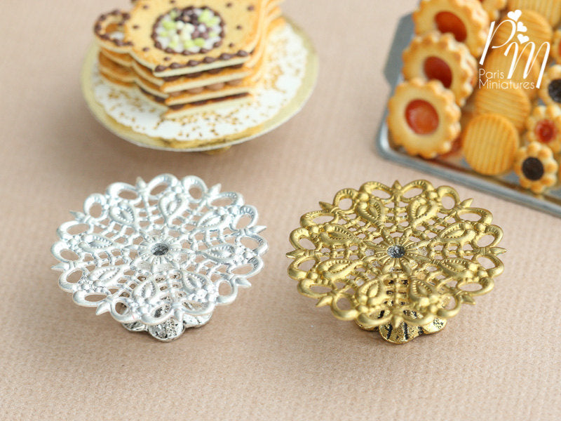 Ornate Metal Filigree Cake Stand - Gold or Silver - 2.5 cm / 1 inch diameter. 12th Scale