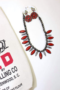 Oval Statement Necklace