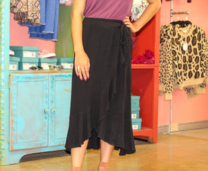 Noted Wrap Skirt BLACK