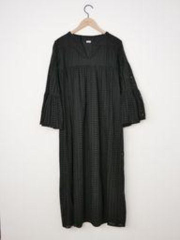 Warm - Hitch Dress - Black