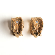 Load image into Gallery viewer, Vagina Studs - Oxidized Silver
